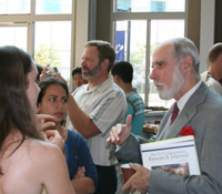 Calit2 Advisory Board member Vint Cerf with UC Irvine students