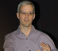 Information Theory and Applications Center Director Alon Orlitsky