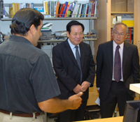 Tsinghua President Binglin Gu (middle) at Calit2