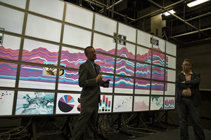 Jeremy Douglass, a Calit2-affiliated post-doctoral researcher, demonstrates cultural data visualization techniques at UC Irvine's HASTAC.