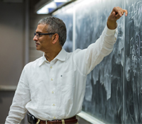 Ramesh Rao at the blackboard in ECE 109