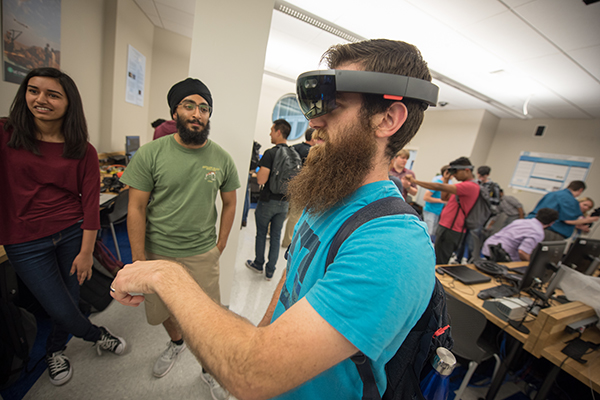 Calit2 : Interest in Campus Virtual Reality Club Reaches All