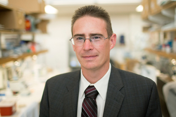 Center for Microbiome Innovation founding director Rob Knight, co-recipient of 2017 Massry Prize