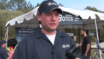 Gideon Prior, president of the UCSD-based iBotics team, demonstrates the Stingray's novel propulsion capabilities.